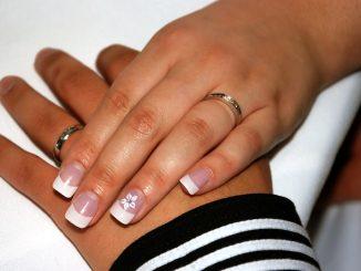 Sposoby na eleganckie i zdrowe paznokcie