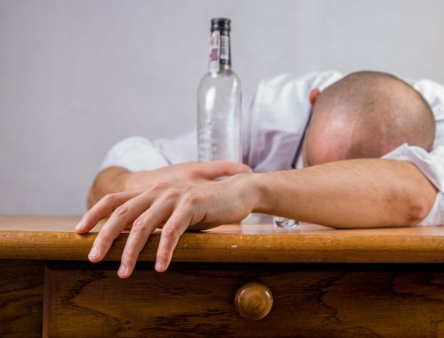 Alkoholik – jaki ma wpływ na wychowywanie dzieci