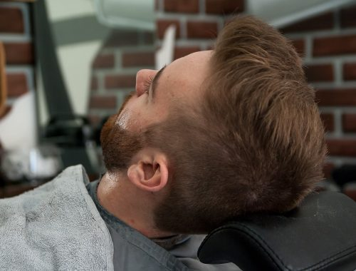 Jak dbać o brodę i wąsy?