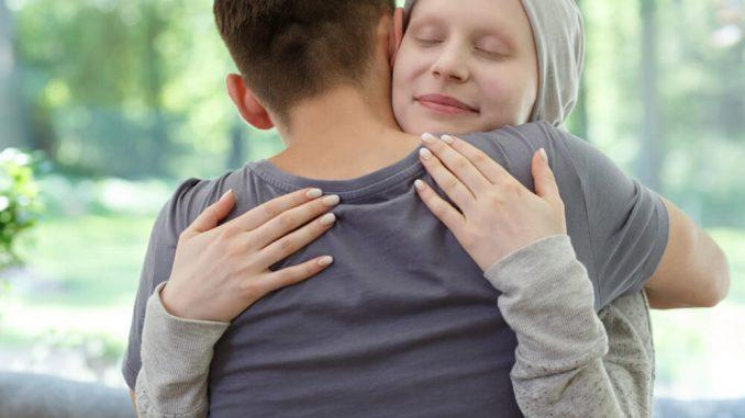 Jaki jest przebieg i główne objawy białaczki?