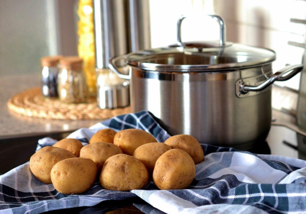 Jak ugnieść ziemniaki bez tłuczka