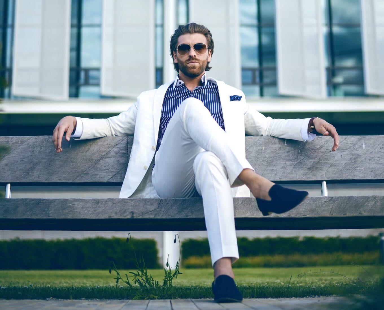 Jak nosić mokasyny męskie?