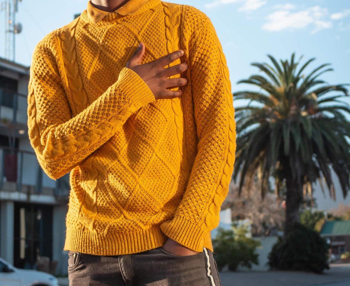 Sweter czyli modny mężczyzna jesienią