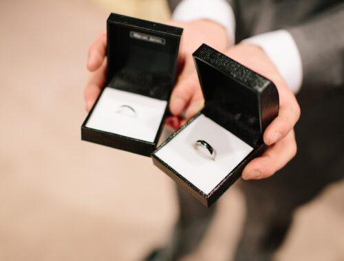 Biżuteria na rocznicę dla niej i dla niego